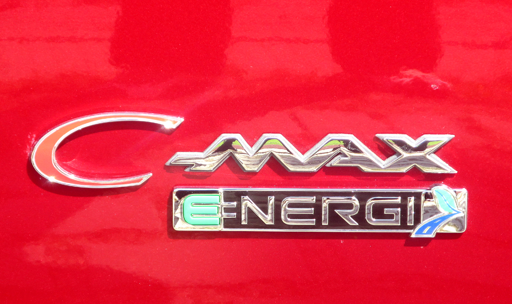 Der C-Max Energi ist der erste Serien-Plug-in-Ford.