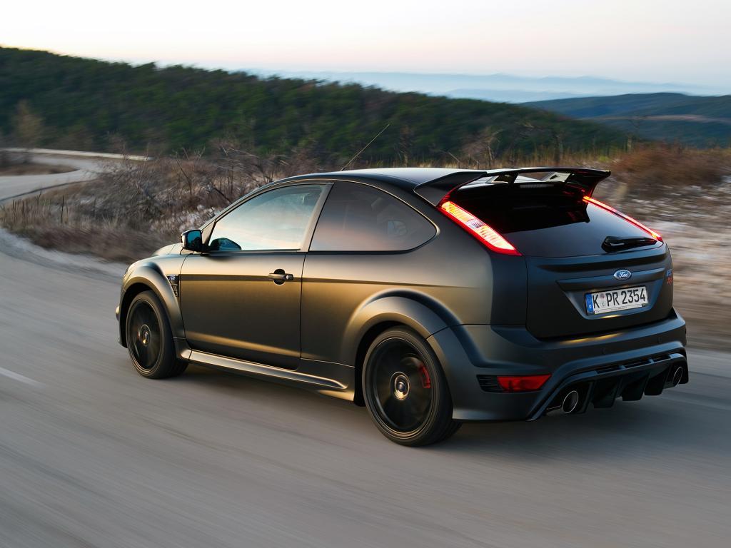 Der Ford Focus RS500 sieht schon kräftig aus