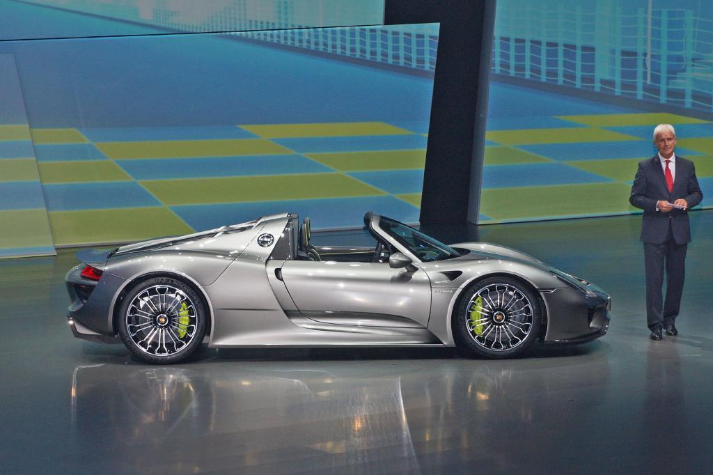 Der Porsche 918 ist enorm teuer