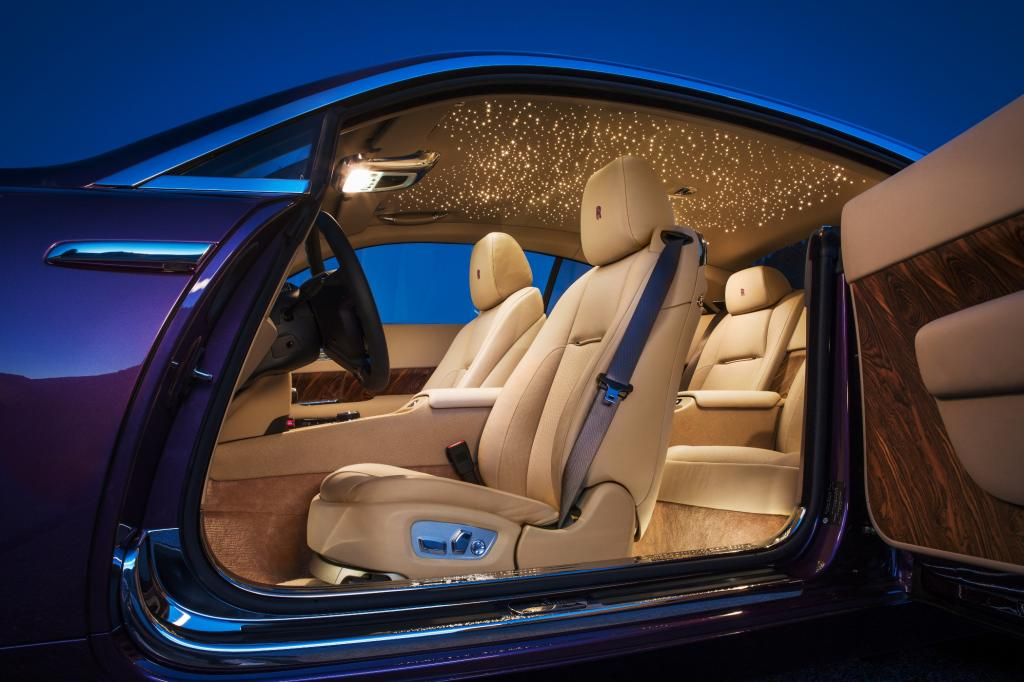 Der neue Wraith soll die Sportjacke unter den Anzügen im Rolls-Royce-Programm sein.