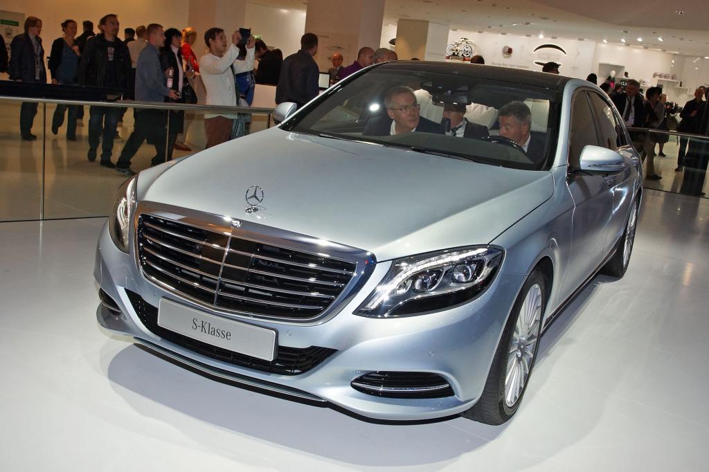 Die S-Klasse von Mercedes ist aerodynamisch durchgestylt