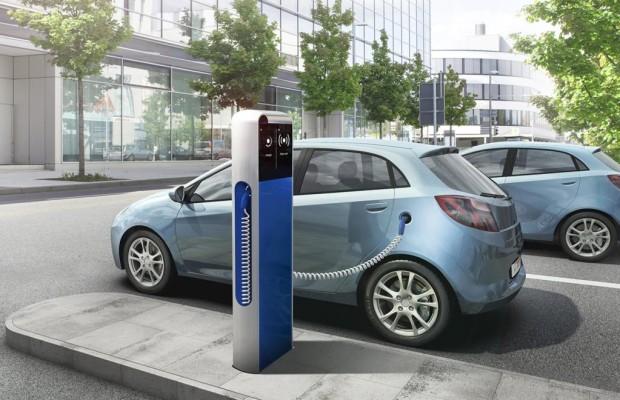 E-Autos und Plug-in-Hybride knapp ein Fünftel günstiger als im Vorjahr