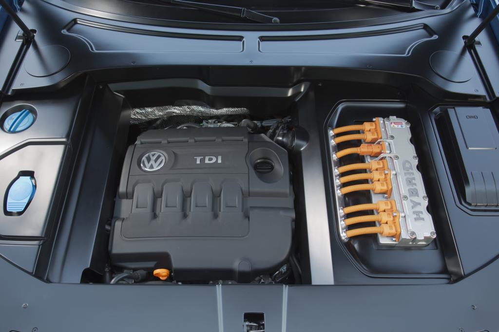 Ein Verbrauch von 2,1 Litern auf 100 Kilometer soll dank Plug-in-Hybrid möglich sein