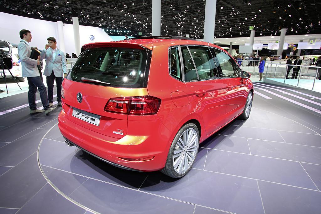 IAA 2013: Aus dem Plus wird ein Sportsvan