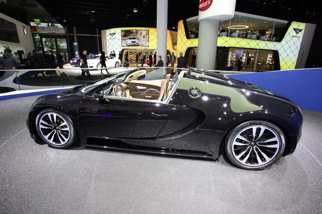 IAA 2013: Bugatti erinnert an verschollenen Atlantic