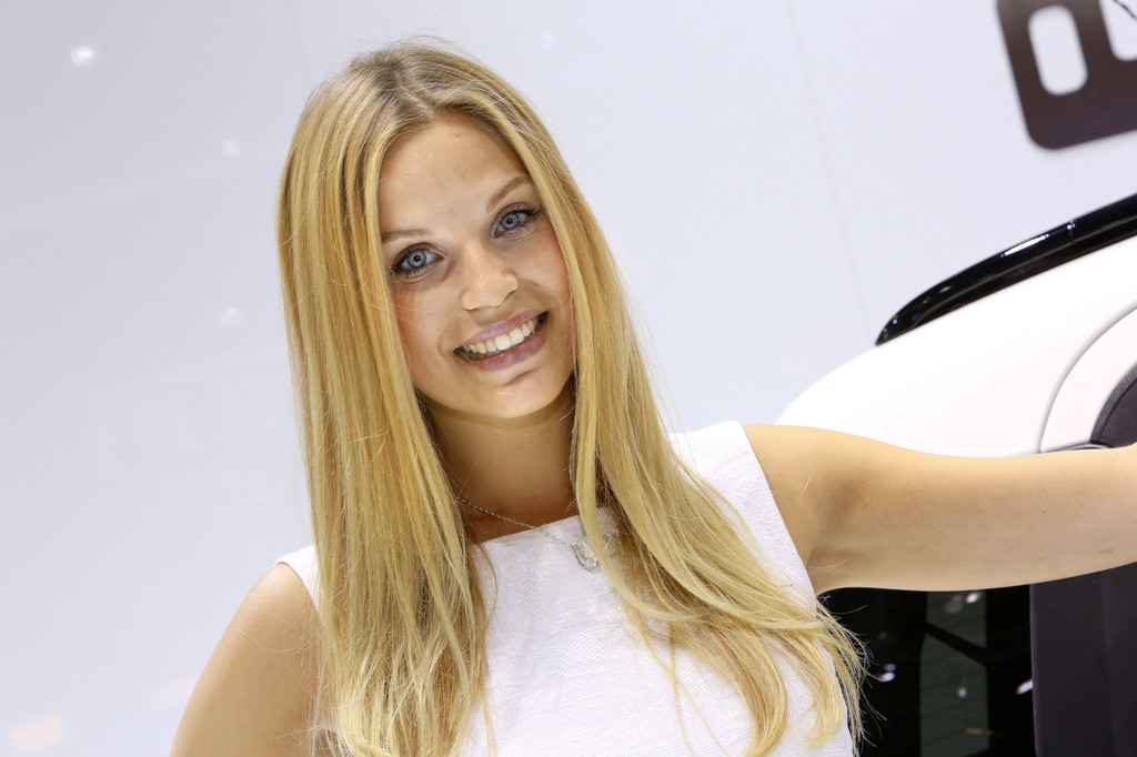 IAA 2013: Glänzender Lack und strahlendes Lächeln