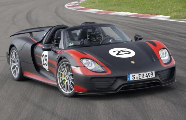 IAA 2013: Porsche-Supersportler 918 Spyder stellt sich vor