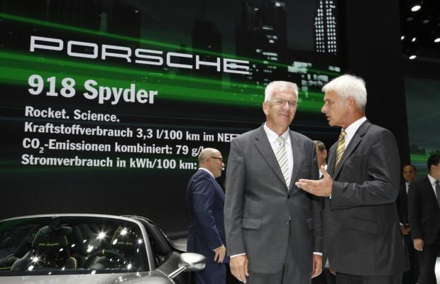 IAA 2013: Porsche bekommt Besuch von der Politik