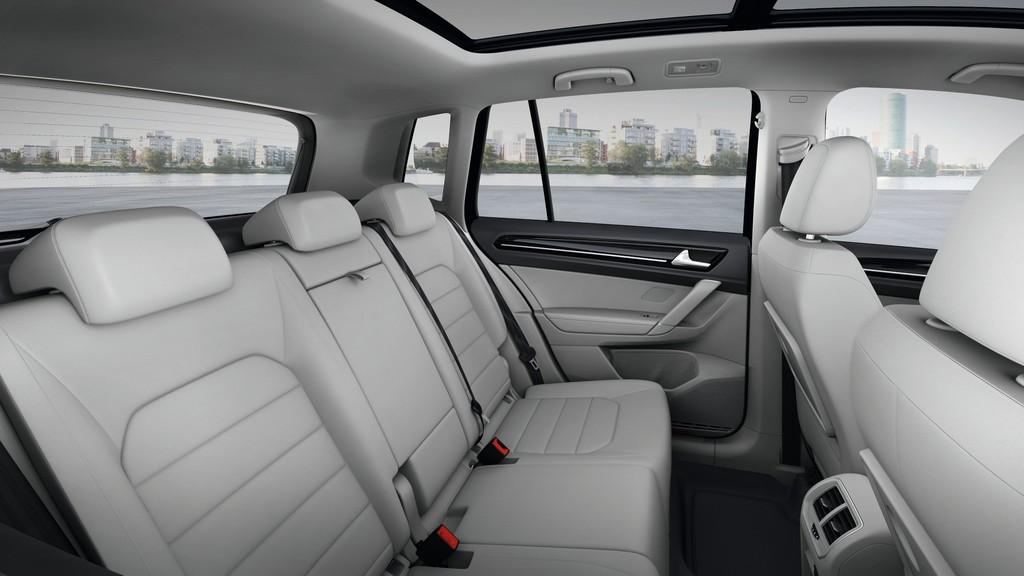 IAA 2013: Volkswagen zeigt erstmals den Golf Sportsvan