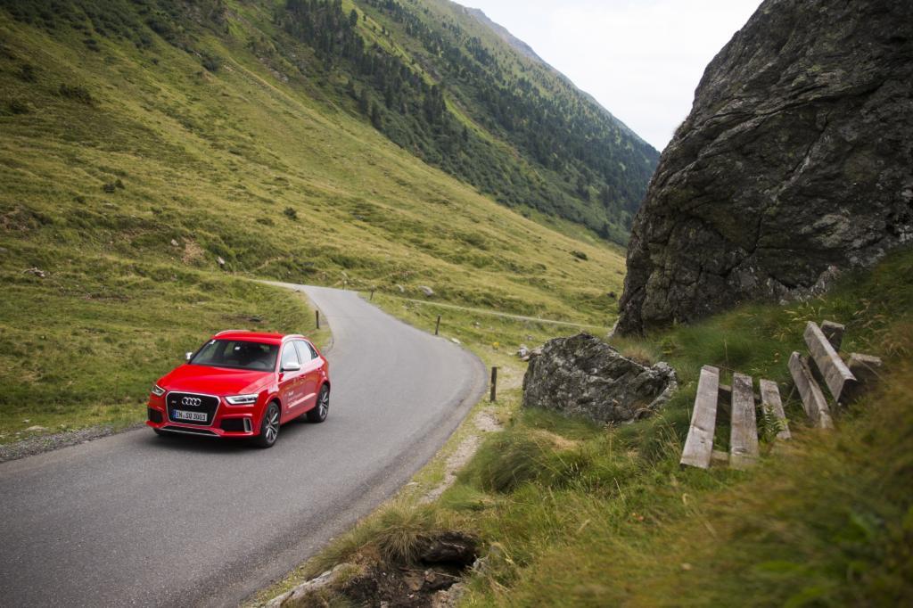 Ideales Terrain also für die vier neuesten RS-Modelle aus der Leistungsschmiede der Audi Quattro GmbH, die hier ihre Ausdauer und ihre Kletterkünste beweisen sollten