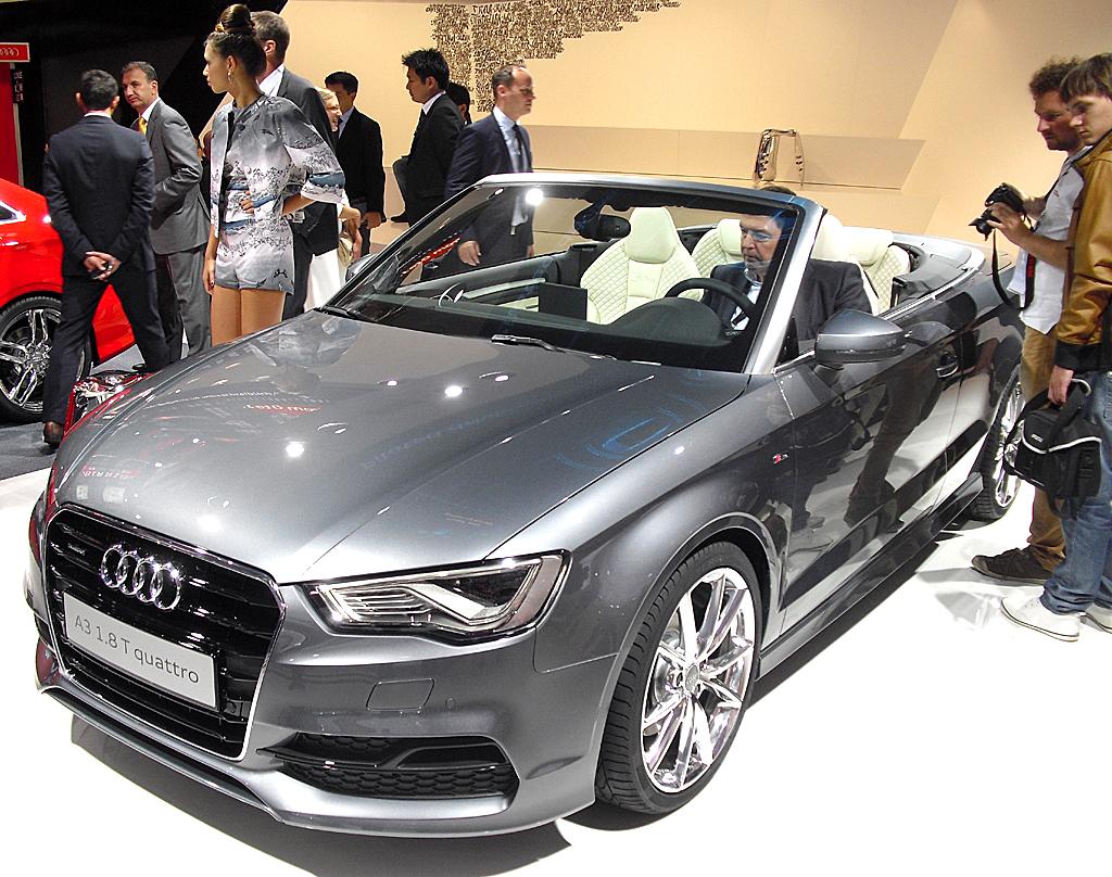 In der Audi-Halle: Der A3 ist jetzt auch als Cabrio zu haben.