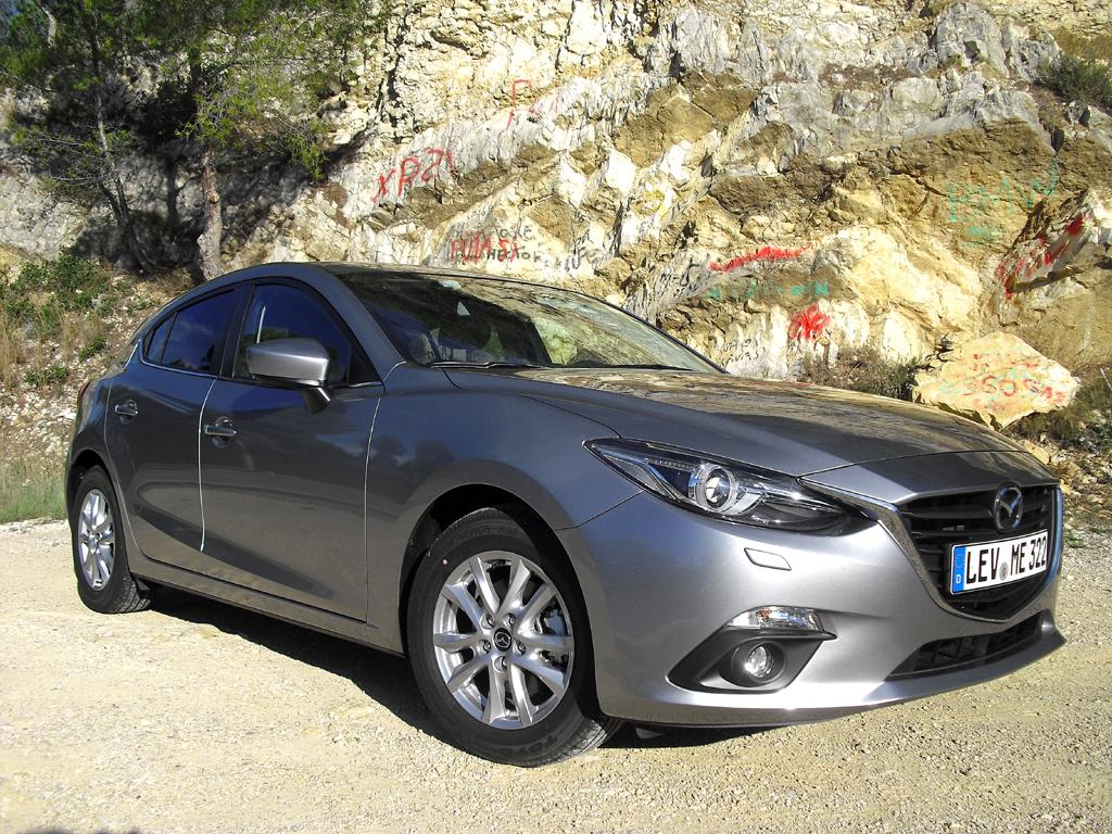 Mazda3, hier die Neuauflage als Fließheckversion.