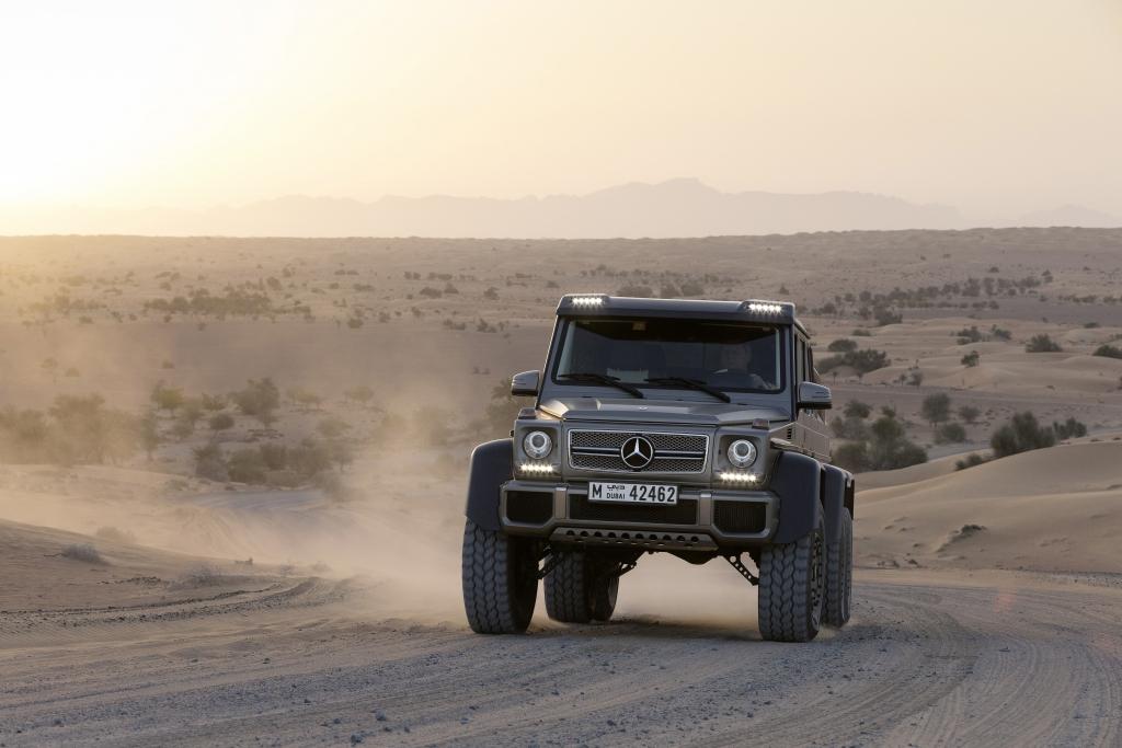 Mercedes G 63 AMG 6x6 - Für eine Achse mehr