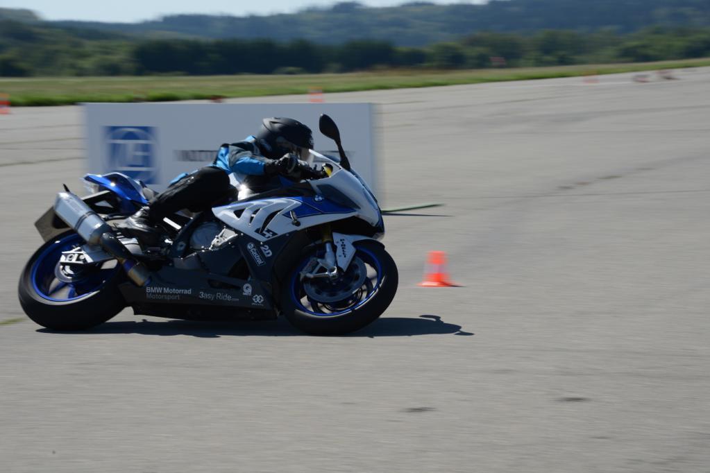 Motorrad: Mehr Spaß und Sicherheit durch elektronische Dämpfung