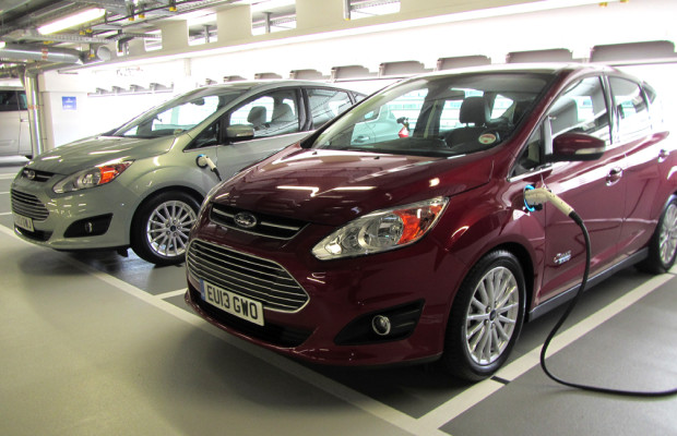 Nach Focus Electric kündigt Ford für 2014 noch C-Max Energi und Hybrid-Mondeo an