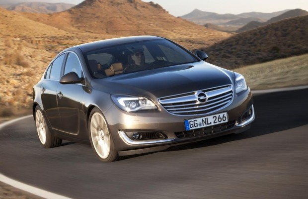 Opel Insignia: Smartphone auf Rädern