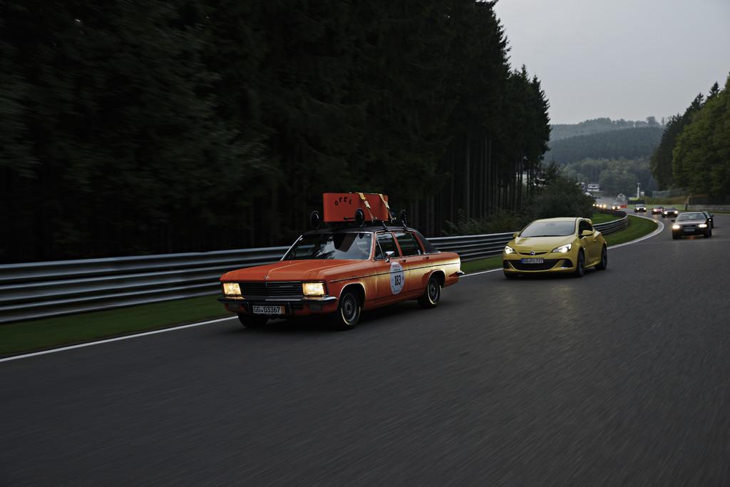 Opel-Youngtimer bei der Creme 21