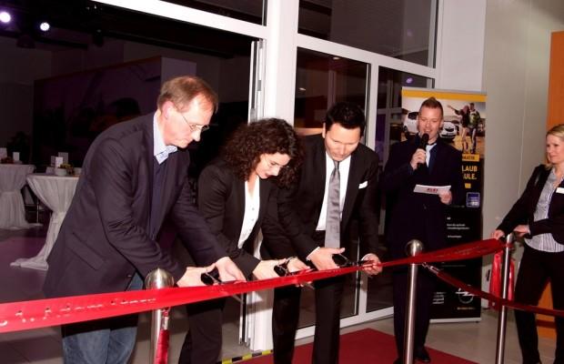 Opel eröffnet ersten deutschen Adam-Flagship-Store