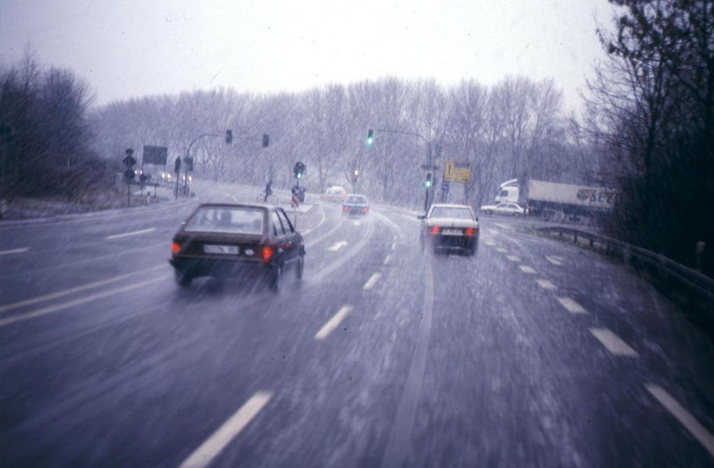 Ratgeber: Von O bis O - Rechtzeitig an Winterreifen denken -