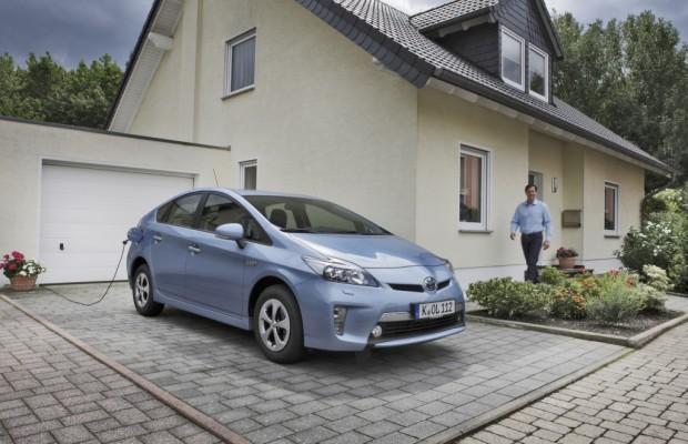 Toyota Prius Plug-in ist Elektroauto des Jahres