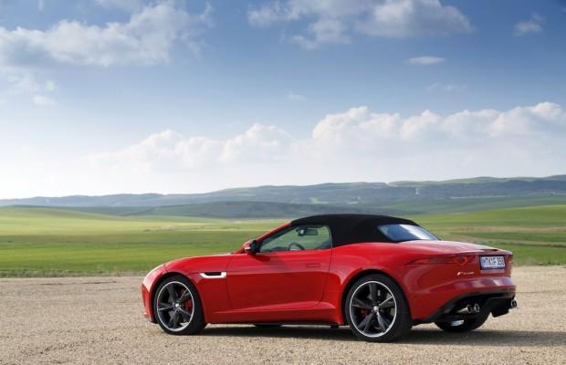 Webasto-Edscha produziert Softtop für Jaguar F-Type