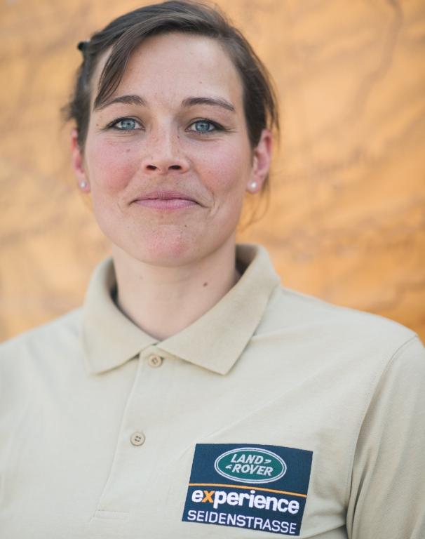 Land Rover-Experience-Tour 2013: Sabine Karpowitz.  Land Rover-Experience-Tour 2013: Sabine Karpowitz.