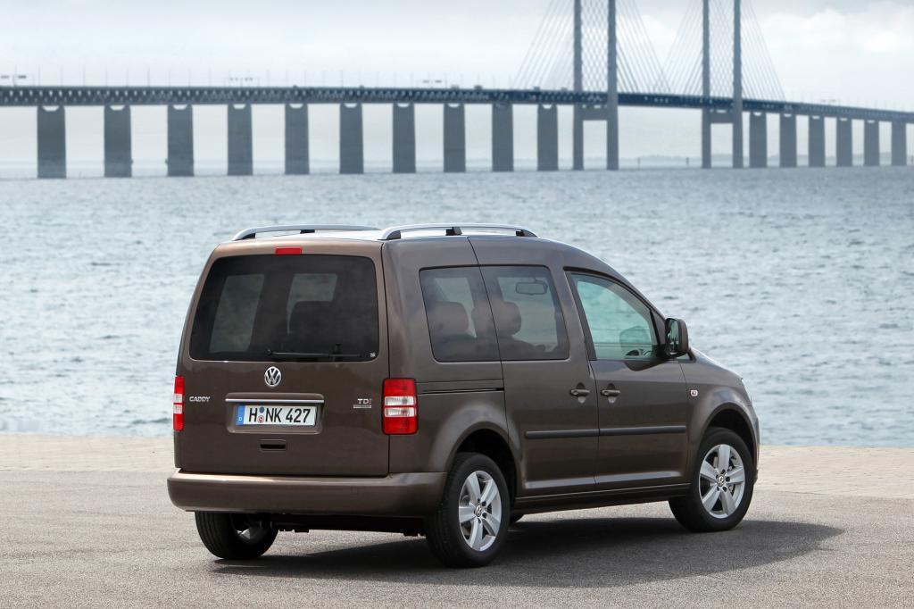 """Als """"Kombi"""" ist der Caddy eine günstige Alternative zum Touran, es haben bis zu sieben Passagiere Platz"""