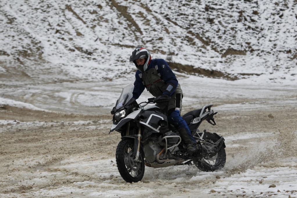 Auch für Zweiräder besteht eine Winterreifen-Pflicht