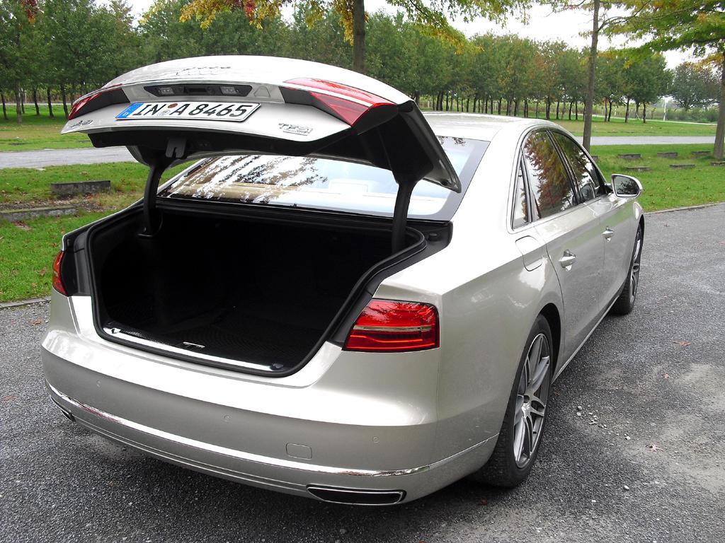 Audi A8: Das besser beladbare Gepäckabteil fasst 520 Liter.