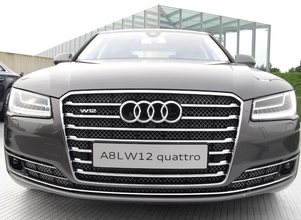 Audi A8: In der Baureihe rangiert der Zwölfzylinder ganz oben.