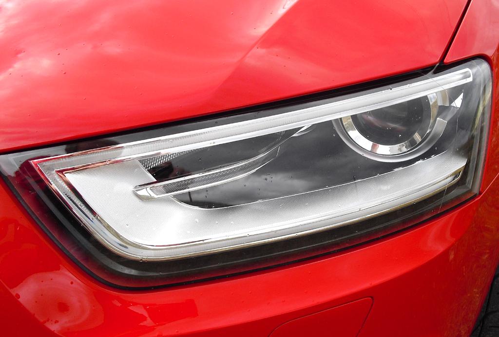 Audi RS Q3: Moderne Xenon-Plus-Leuchteinheit vorn.