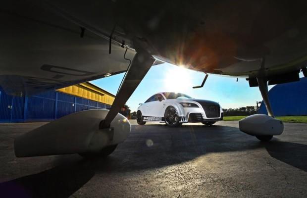 Audi TT RS Black & White Edition - Sportliche Schwarz-Weiß-Malerei
