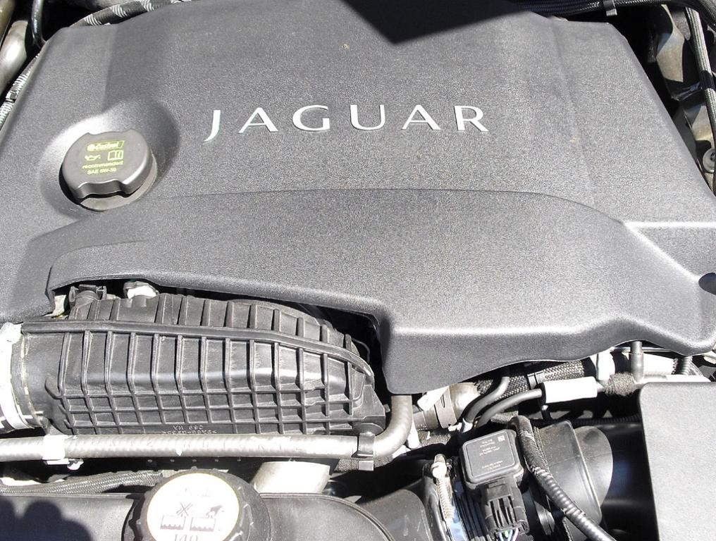 Auto im Alltag: Jaguar XJ