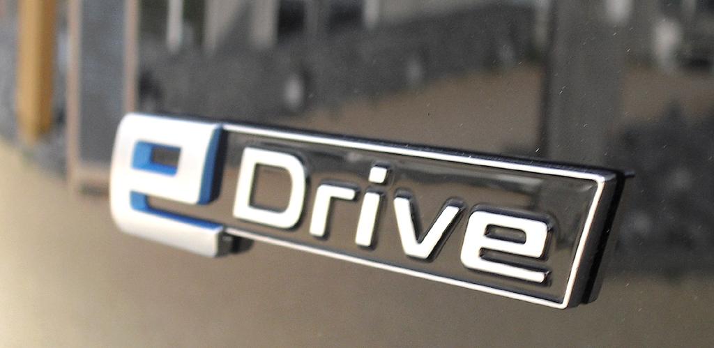 BMW i3: E-Drive-Schriftzug auf der Heckklappe.