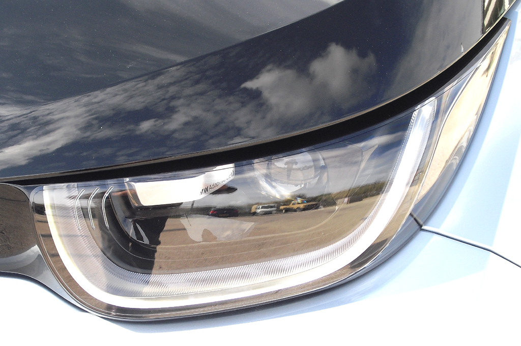 BMW i3: Moderne Leuchteinheit mit LED-Tagfahrlicht vorn.