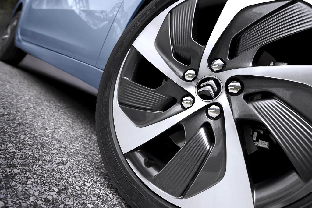 Citroën Grand C4 Picasso: Auch das Felgendesign soll Modernität zum Ausdruck bringen.