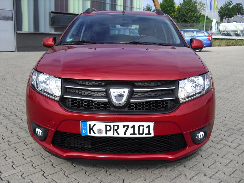 Dacia Logan MCV: Blick auf die Frontpartie.