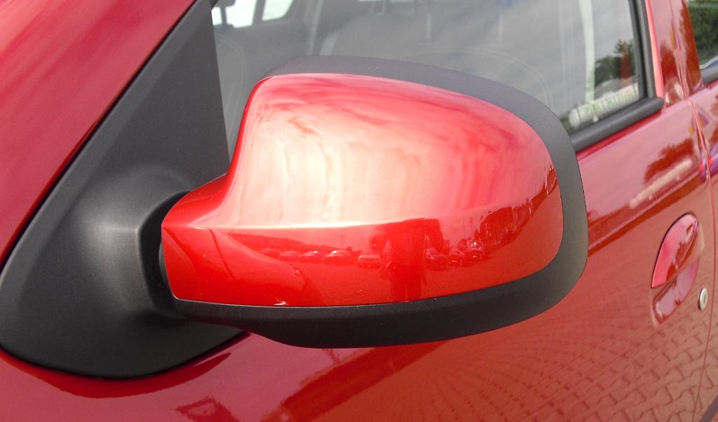 Dacia Logan MCV: Die Außenspiegel sind groß dimensioniert.