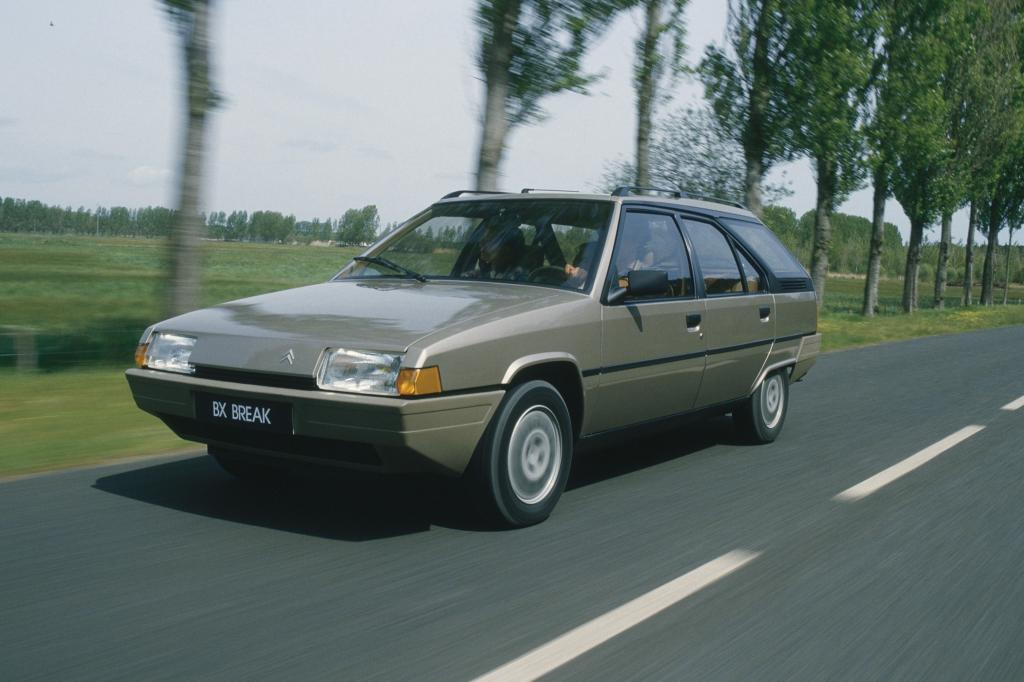 Der Citroën BX hat exakt jene Markentugenden, die ihn zu einem interessanten Youngtimer machen und zu einem noch interessanteren Oldie reifen lassen werden: eigenwilliges Design und eine Hydropneumatik