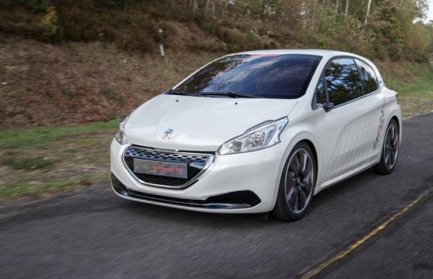 Der Peugeot 208 FE Hybrid benötigt nur knapp zwei Liter auf 100 Kilometern
