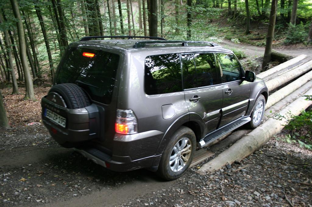 Fahrbericht Mitsubishi Pajero 3.2 DI-D Instyle: Ohne Weichspüler