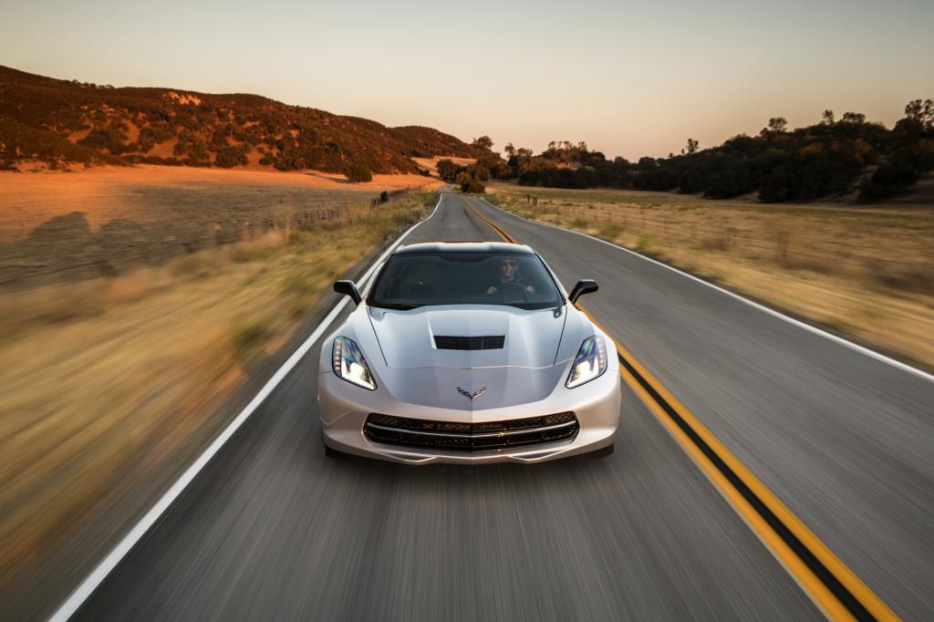 Fast ein Jahr nach der Messepremiere kommt endlich die neue Corvette auf die Straße.