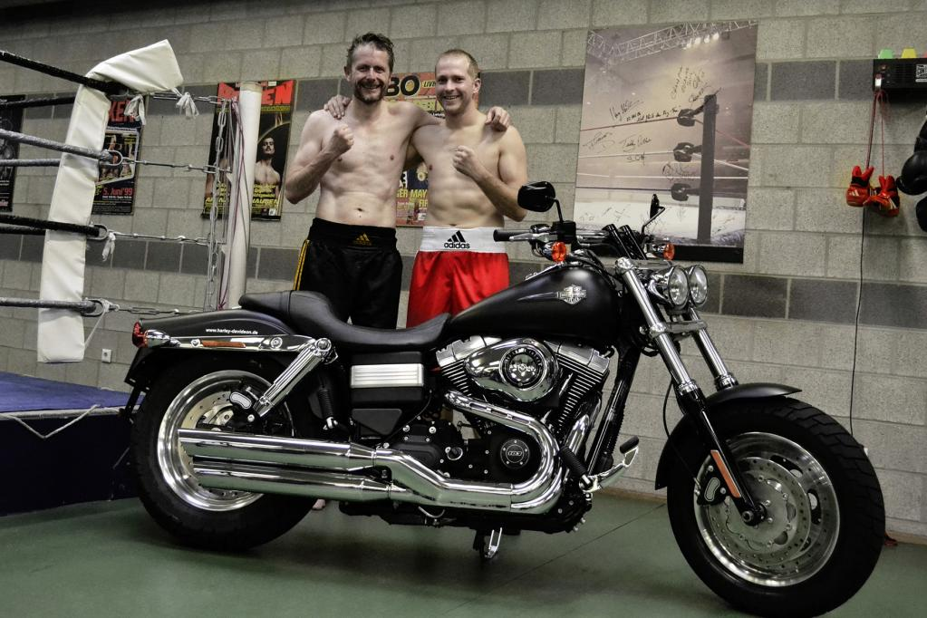 Harley-Davidson spendet Dyna Fat Bob