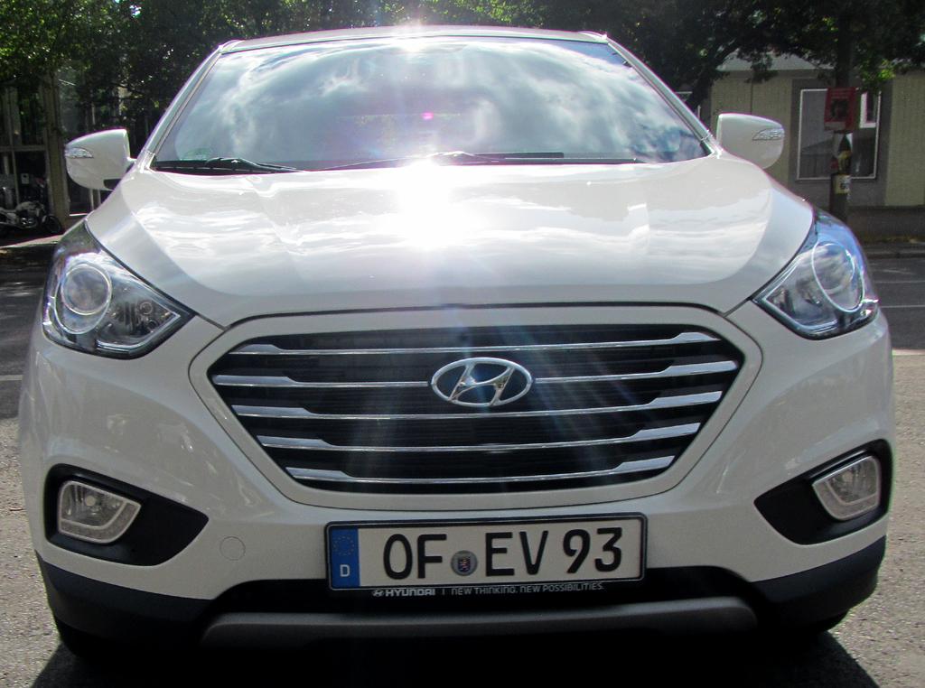 Hyundai ix35 Fuel Cell: Blick auf die Frontpartie.