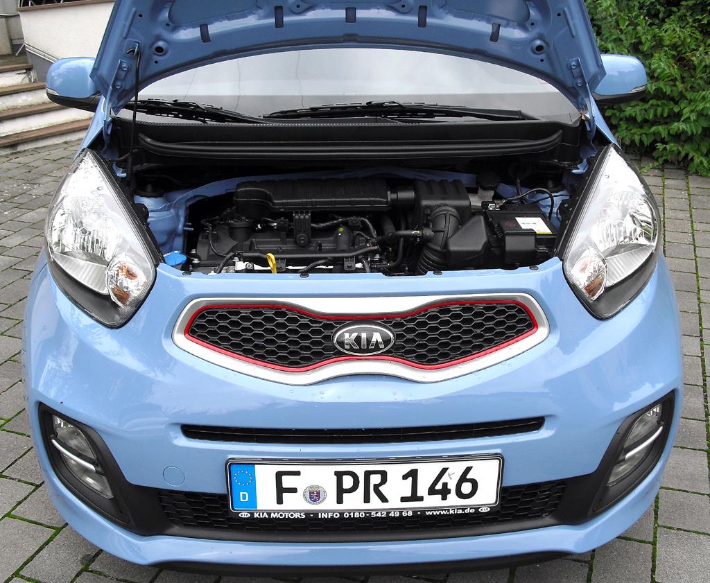 Kia Picanto: Blick unter die Haube auf den 1,2-Liter-Benziner.