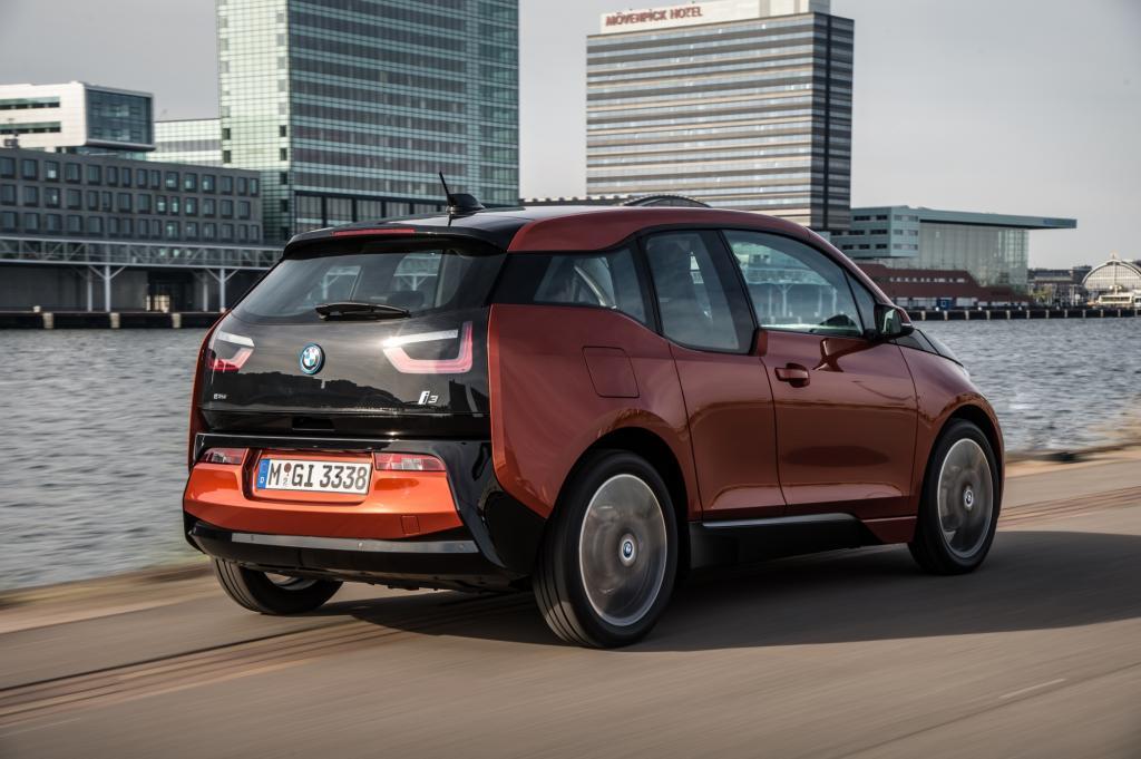 """Mit dem i3 soll im Hause BMW eine Art """"elektrische Revolution"""", zumindest aber eine neue Zeitrechnung eingeläutet werden"""