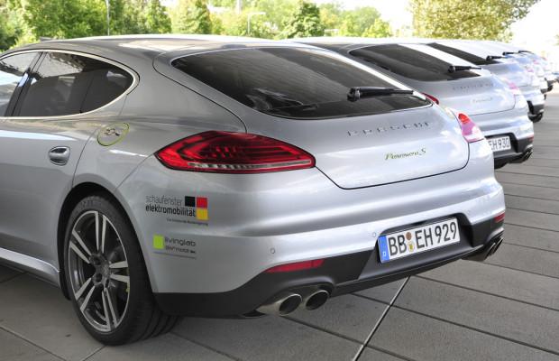 Porsche erforscht Elektromobilität mit Panamera S E-Hybrid