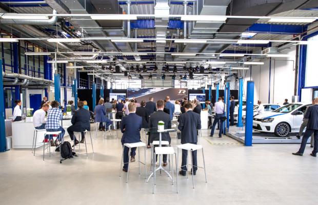 R-GmbH treibt Emotionalisierung und Dynamisierung von VW-Modellen voran