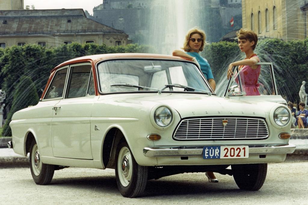 Schon in den 1960ern wurde der Ford Taunus beispielsweise zweifarbig lackiert