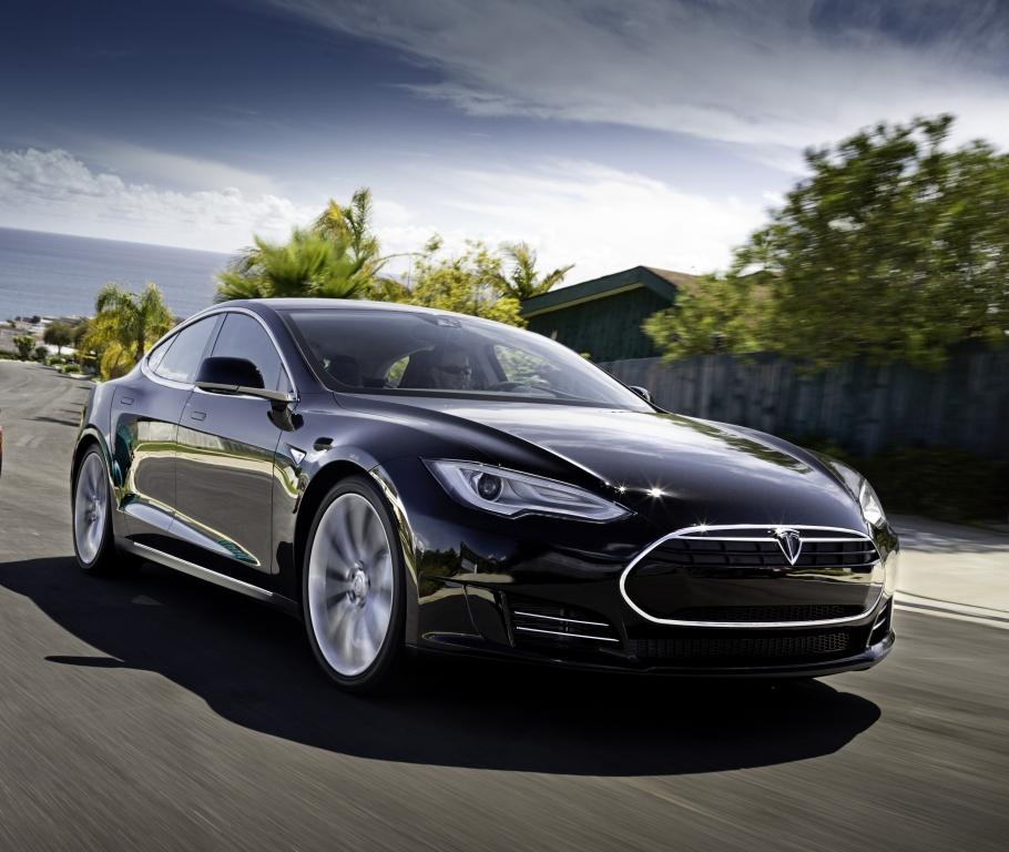 Teslas Batteriebrand schreckt Anleger ab